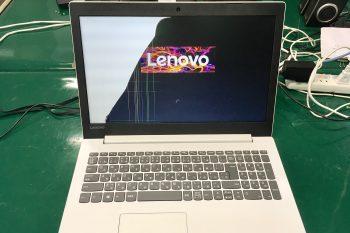 Lenovoノートパソコン半分画面が真っ暗に・・・→液晶交換修理